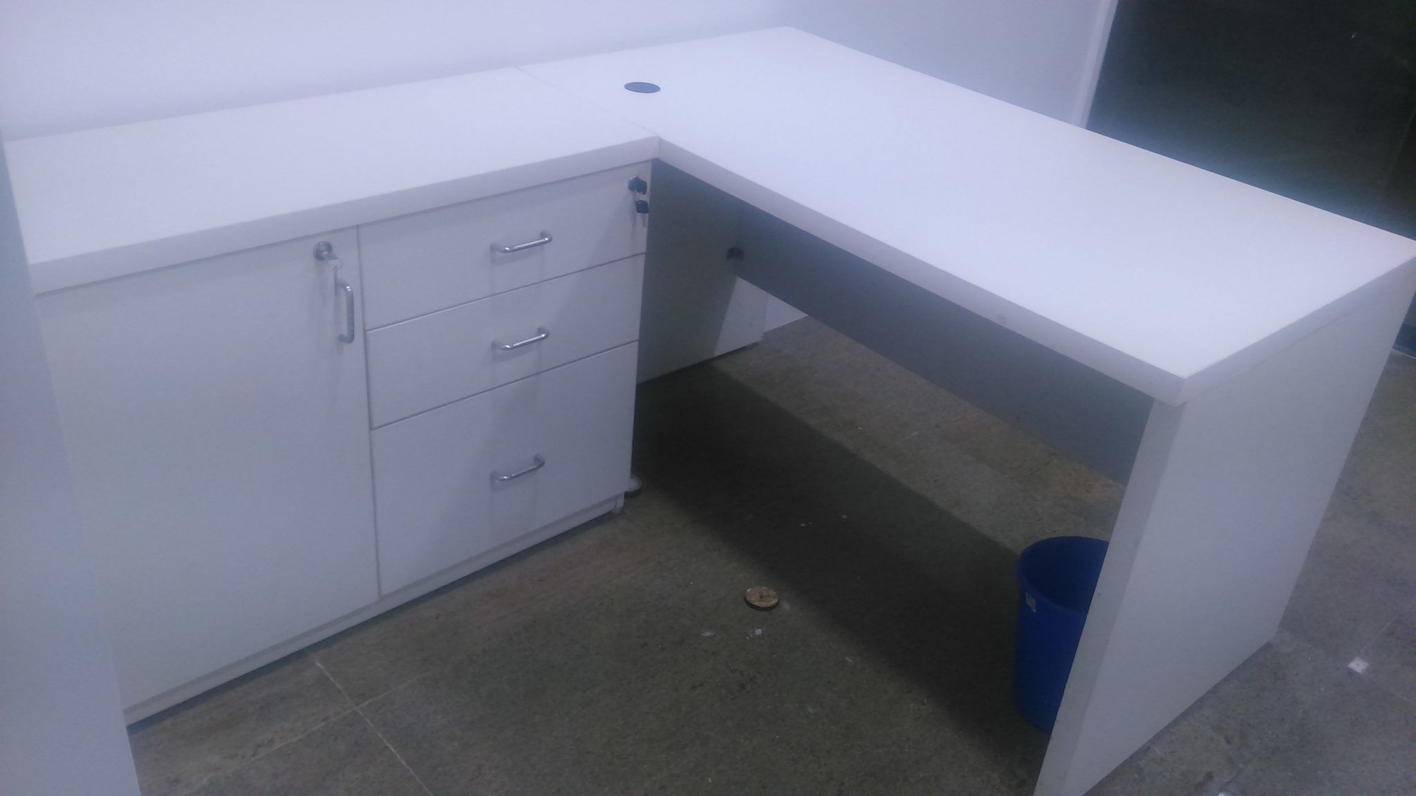 Modular Office Table Amp Desk System Manufacturers