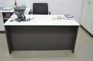 Modular Office table5